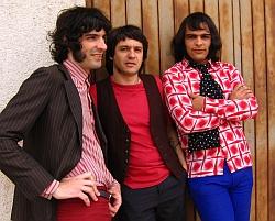 Divulgação/Iaskara / Antiga conhecida em Curitiba, a banda já fazia sucesso no meio alternativo