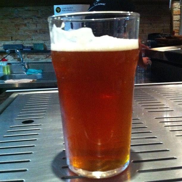 Cervejaria Nacional lança cerveja feita em parceria com Doug Odell