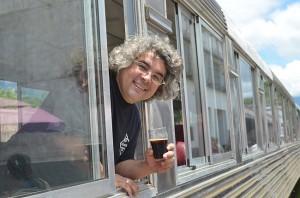 Samuel Cavalcanti, proprietário da Bodebrown e idealizador do passeio, iniciativa pioneira no turismo cervejeiro no Brasil
