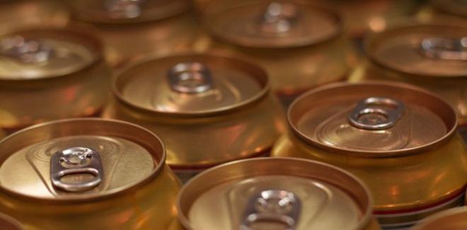 mitos e verdades sobre cerveja na lata