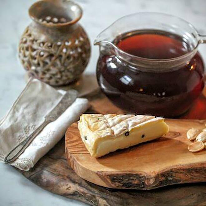 Chás e queijos