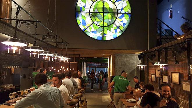 cervejaria-cathedral-interno
