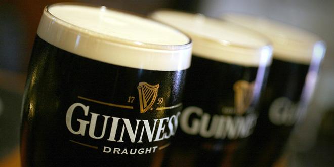 Cerveja Guinness tem imagem cremosa, mas corpo leve