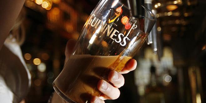 Cerveja Guinness e o seu ritual de tirada do chopp