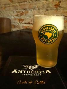 Passion, da Cervejaria Antuérpia, estreia na Cervejaria Nacional em São Paulo